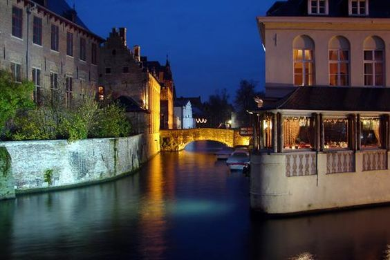Belgian brewery in the beautiful city of Brugge (Bruges). The brewer brews Fort Lapin beers.