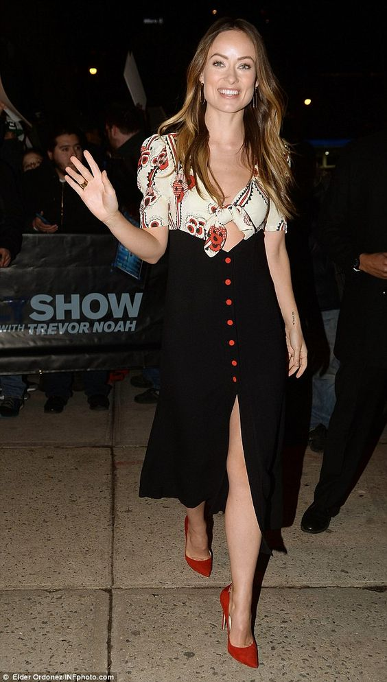 Olivia Wilde flashes some skin in cute bow tie dress at the The Daily Show | Daily Mail Online