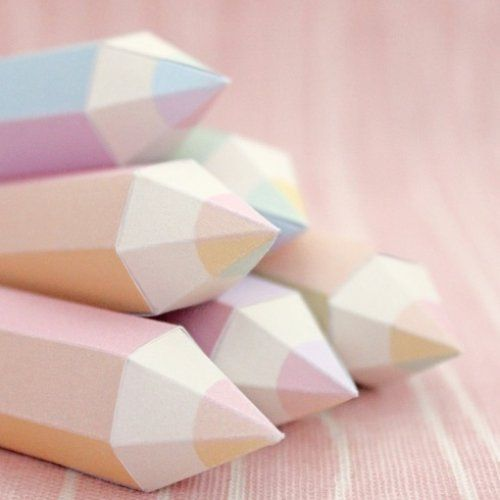 Des crayons origami pastel...origami paper craft cute pencil sculptures