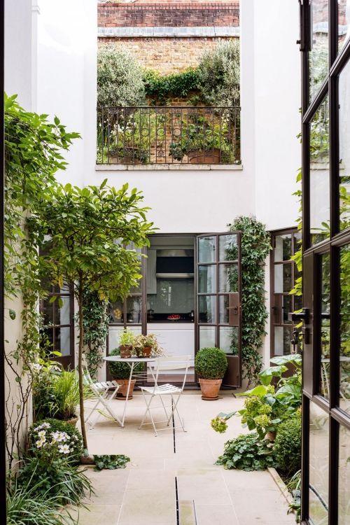 déco patio terrasse et patio en verdure | Design de petit ...