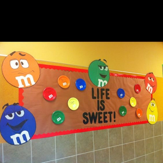 Cute bulletin board even i can draw an m and m for I can bulletin board ideas