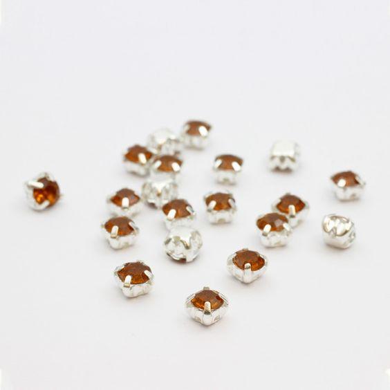 Lot de 20 perles strass sertis à coller, enfiler ou à coudre sur vos créations manuelles
