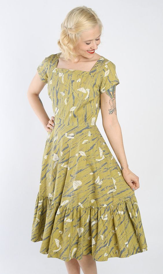 1950s Dress // vintage 50s dress // Make Mine a by dethrosevintage, $124.00