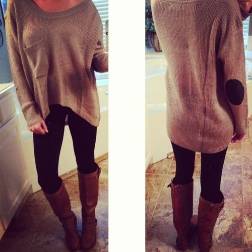 Fall / Winter Outfit , Big Baggy Sweater , Leggings , Boots