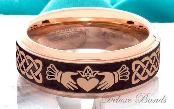 Tungsten Wedding Band Claddagh Ring 8mm Rose Black par DeluxeBands