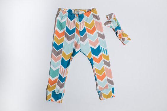 Chevron Organic Cotton leggings (0/3mo - 2T) Carolina Keiki handmade baby, toddler, girls, leggings.