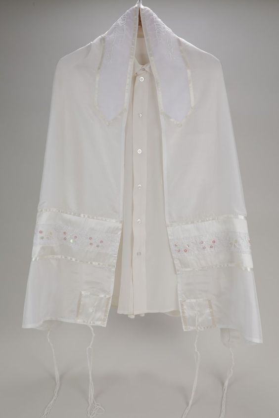 Pure and Dainty White Silk Prayer Shawl for Women, Women's Tallit