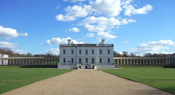 Frontal view of the Queen's House in Greenwich, England. Designed by Inigo Jones between 1614 and 1617.  Beautiful restrained classical architecture.
