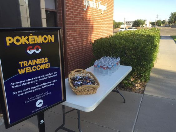 A table offers waters and snacks to Pokémon Go players -- known as trainers in the game — at Calvary Baptist Church in Las Cruces, N.M. (Photo/courtesy of Kevin Glenn)