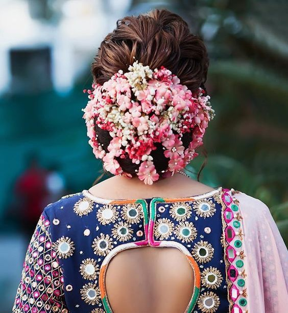 15 Indian Bridal Hairstyles With Flowers - Candy Crow
