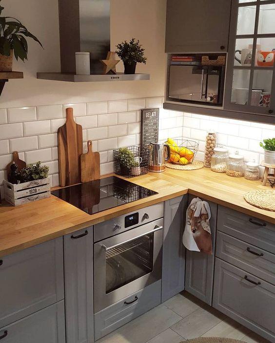 31 Espectaculares ideas para la isla de la cocina personalizada #cocinas de cocina #kitchendecor #juegos de cocina #kitchenlight …