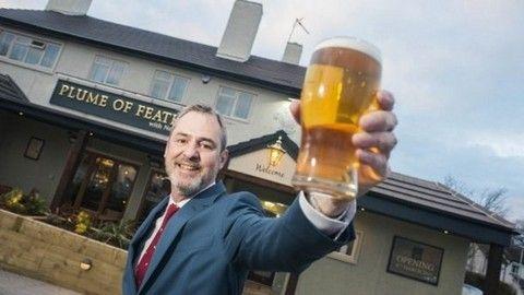 Men Behaving Badly star Neil Morrissey's pub evacuated due to 'strange burning smell'