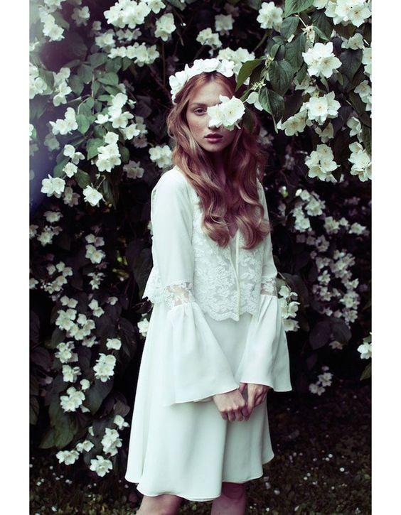 Robe de mariée vintage année 70 Elise Hameau  mariage  Pinterest ...