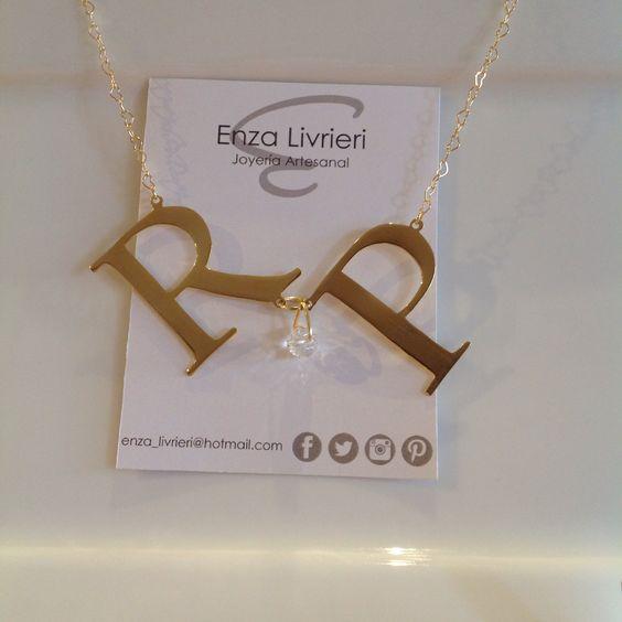 Gargantilla hecha a mano con dije personalizado con baño de oro - Handmade goldplated personalized pendant necklace