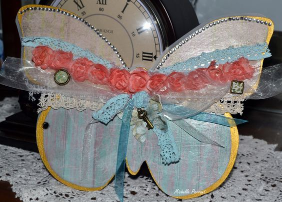 Kaisercraft Butterfly Album  Made by Michelle Parrant