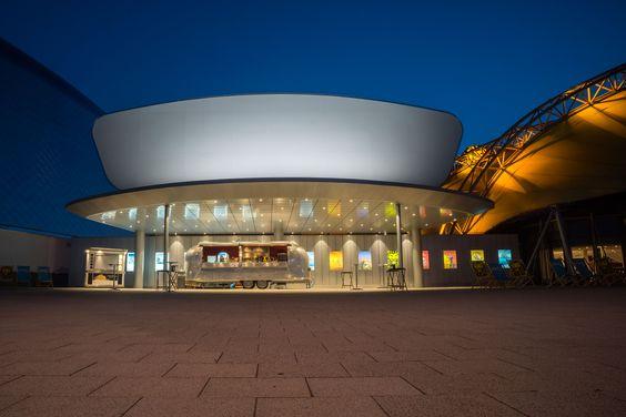 Stage Theater Verkaufswagen   Bildschönes Hamburg