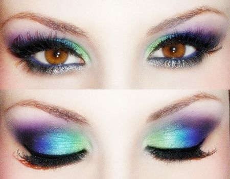 Green + Blue + Purple Gradient Eyeshadow @Audrey Cassel... Do this.