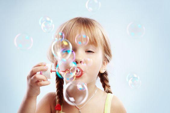 Pra sua filha fazer muitas bolhas de sabão!