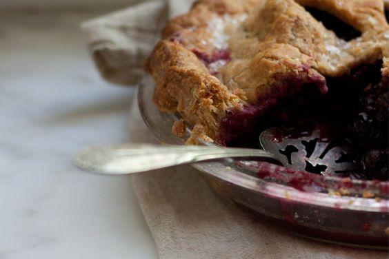 A Nice Berry Pie Recipe from 101 Cookbooks