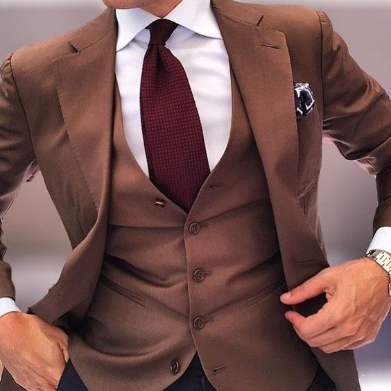 how to wear brown suit