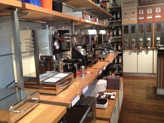Simon L 233 Velt Coffee Shop Escape Amsterdam