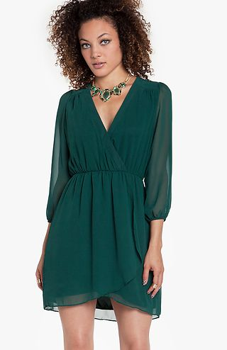 Love this dark forest green dress! | clothes | Pinterest | Wraps ...