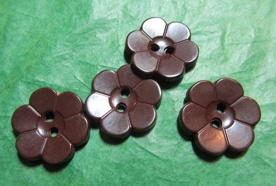 """4 - 3/4"""" FLORAL DESIGN BROWN PLASTIC 2-HOLE BUTTONS - Lot#D454"""