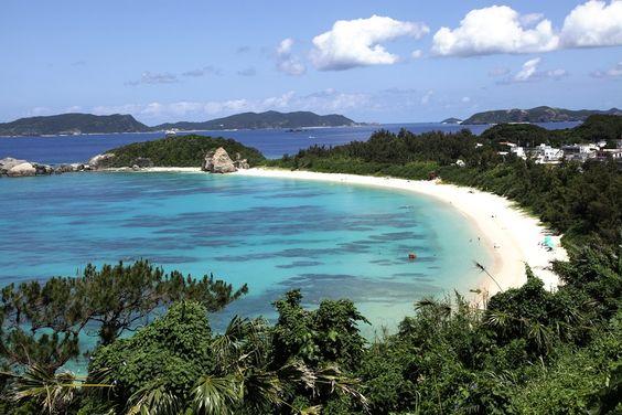 【沖縄おすすめ情報】 阿波連ビーチ(あはれんビーチ)