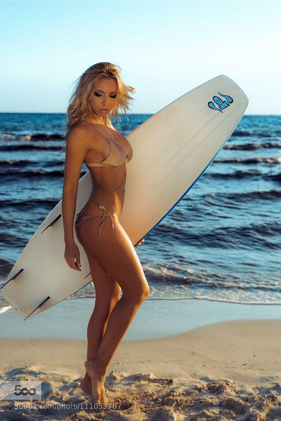 All day bikinis : Photo