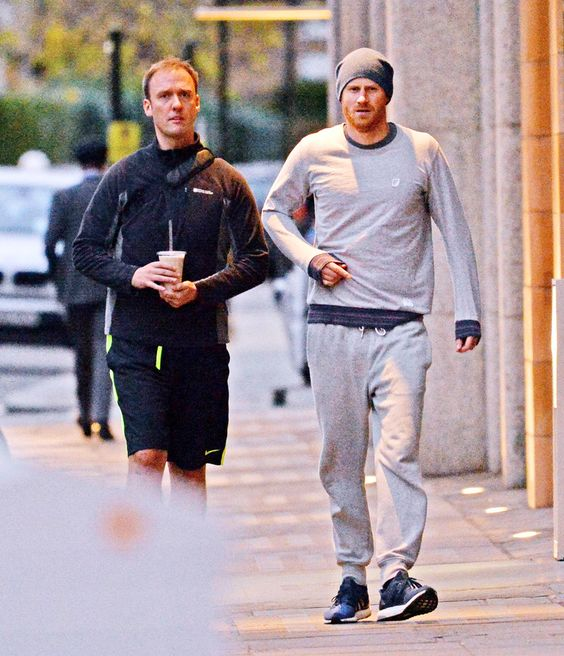 Prince-Harry-Joggers