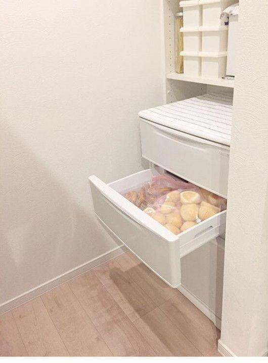広い空間を生み出す北欧テイストなキッチン Stgram69さんのキッチンを探索 Lixil リクシル アレスタ ムクリ Mukuri アレスタ リクシル システムキッチン 収納 アイデア
