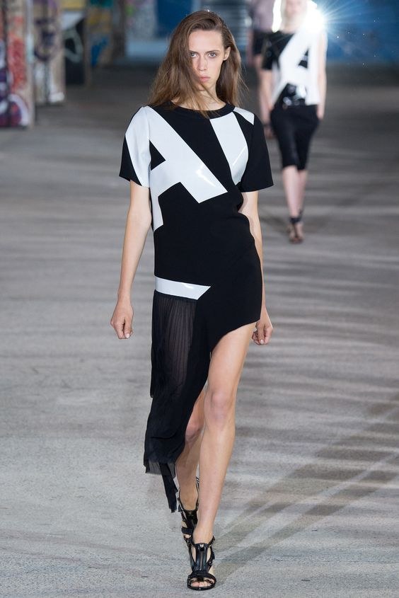Anthony Vaccarello Spring 2015 Ready-to-Wear