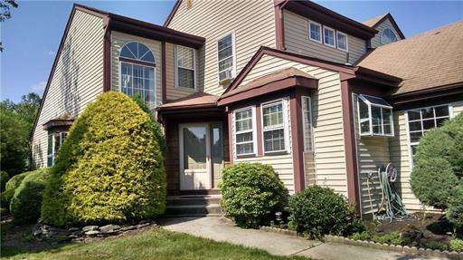 Adult Community 1212 Monroe Nj Ready For You Totally Upgraded Hampton I Model W Mbr Suite On First Floor L R Sale House Land For Sale House Styles