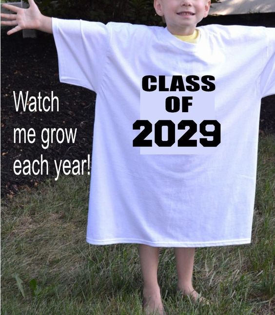 Class of 2029 shirt,kindergarten T shirt,first day of school photo prop,preschool graduation gift, high school graduation year,grow years by ElainesCrafts on Etsy: