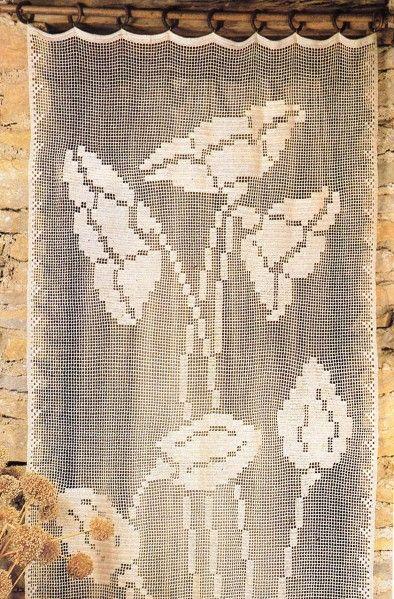 un petit air de printemps avec ce rideau tr s sobre en crochet filet il est assez facile. Black Bedroom Furniture Sets. Home Design Ideas