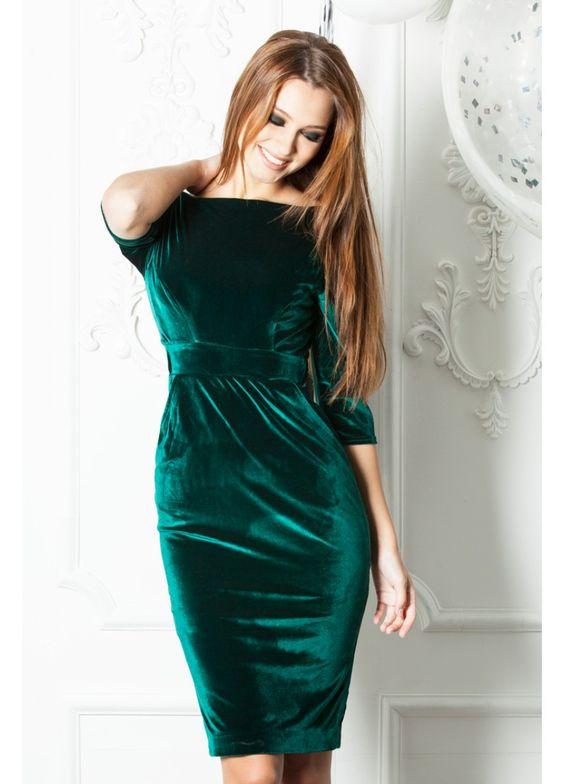 67effdb59940a6fff7bb1707bcf9d1b0 - Зимние платья на 2019 год-теплые и стильные варианты