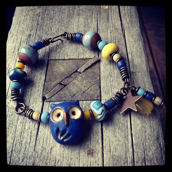 A starry night bracelet from Lorelei Eurto using a few of my Van Gogh disk beads.