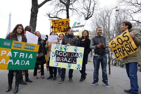 Paris nas ruas!!!  Tchau Dilma...