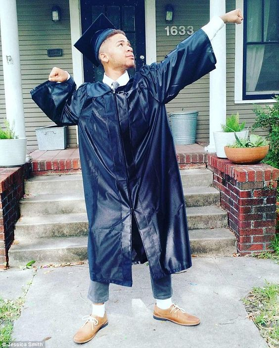 Liyjon DeSilva, who was left homeless after the death of his mom, has graduated top of his class (pictured in his graduation gown)