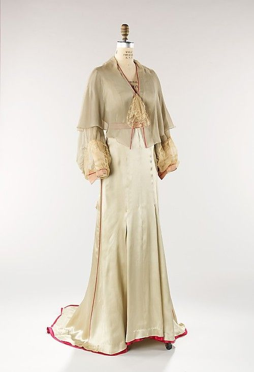 Tea Gown  Jessie Franklin Turner, 1940  The Metropolitan Museum of Art