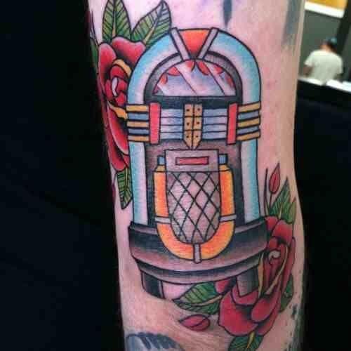 jukebox tattoo buscar con google tattoos pinterest musikbox tattoos und suche. Black Bedroom Furniture Sets. Home Design Ideas