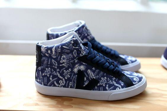 showroom veja sneakers uglymely 020