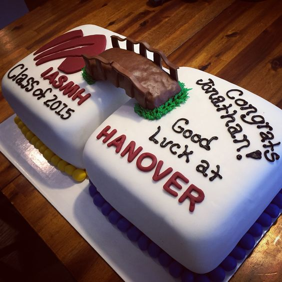 College Graduation Cake Images : High school to college graduation cake bdayyy ...