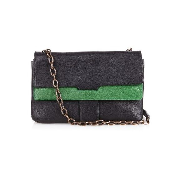 Tomas Maier Bi-colour leather cross-body bag (3.605 BRL) ❤ liked on Polyvore featuring bags, handbags, shoulder bags, black green, leather crossbody handbags, black crossbody purse, black cross body purse, black leather crossbody and black leather handbags