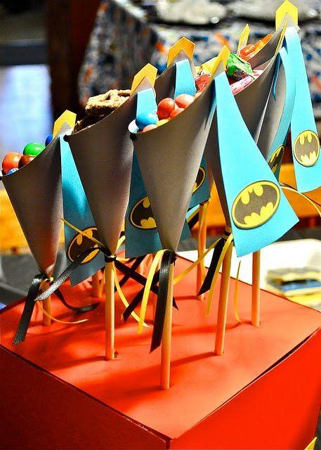 popcorn cones: Batman Birthday, Birthday Parties, Superhero Party, Party Superhero, Batman Party, Superhero Cake, Party Ideas, Birthday Ideas
