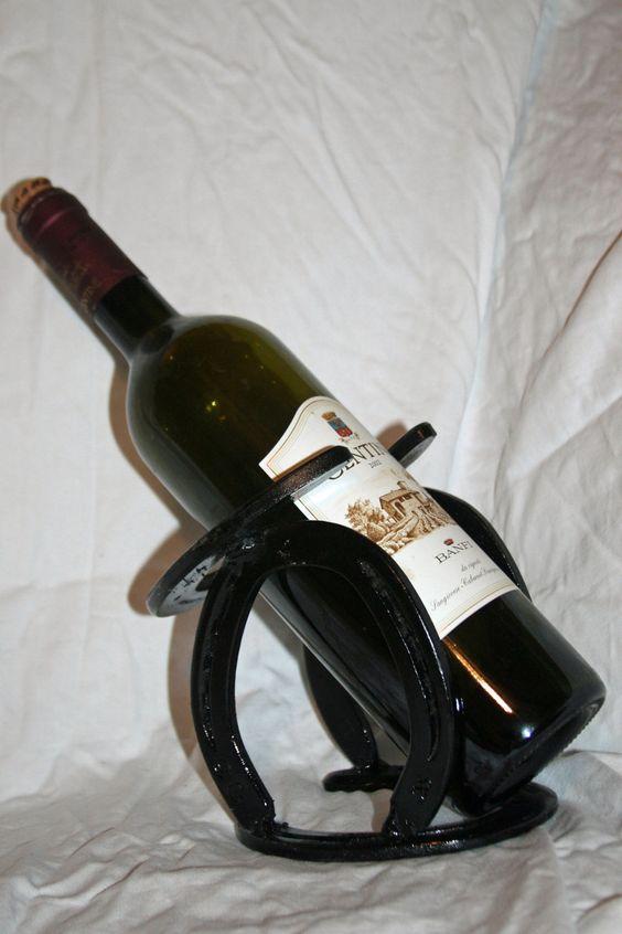 Horseshoe wine rack western horseshoe art kitchen bar for Horseshoe kitchen decor