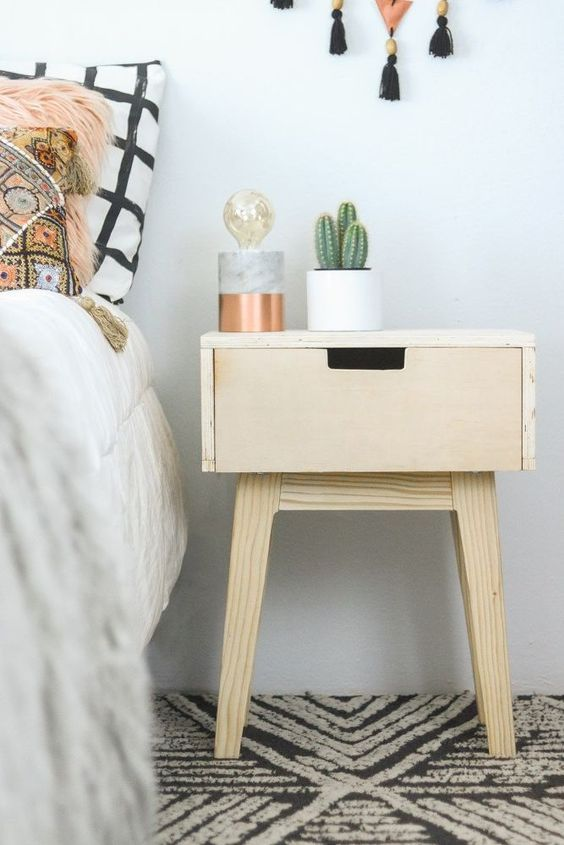 Modern Nightstand Ideas From The Master Bedroom Collection Como