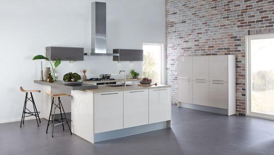 Witte Hoogglans Keuken Bruynzeel : Bruynzeel Pallas keuken in het champagne hoogglans
