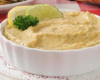 Tapenade de chou-fleur au citron : http://www.fourchette-et-bikini.fr/recettes/recettes-minceur/tapenade-de-chou-fleur-au-citron.html