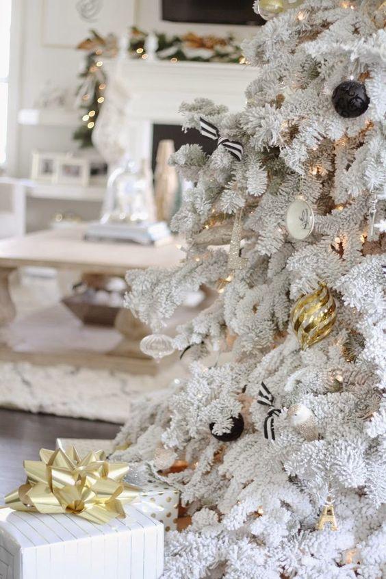 Home-Styling: Christmas Tree Inspirations * Inspirações para a Árvore de Natal